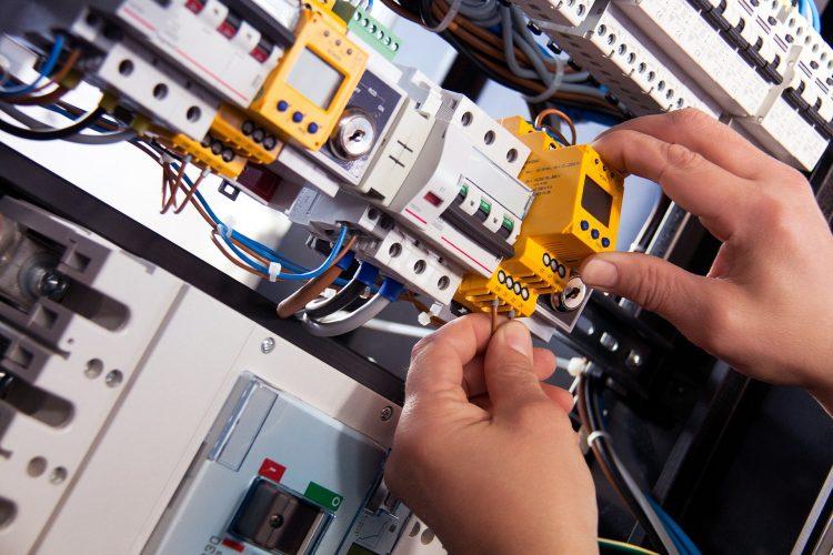 instalação elétrica indústria